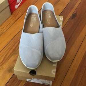 TOMS Classic Drizzle Gray Custom Knit Shoes Sz 10